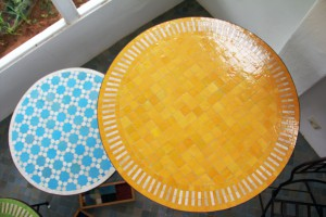 artetsud.com Table Zellige 37 TABLE ZELLIGE TERRE CUITE EMAILLEE MOSAIQUE