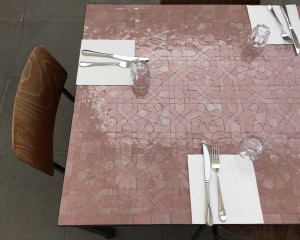 Table Zellige Artetsud Motif Anjuna Uni Rose