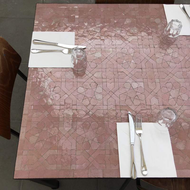 Table Zellige Motif Anjuna Rose